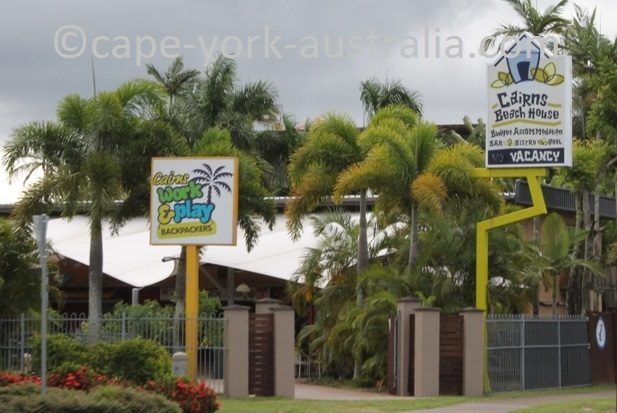 cairns beach house backpackers