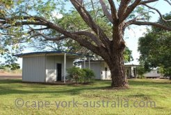 cape york station stay