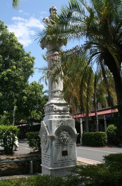 port douglas monument