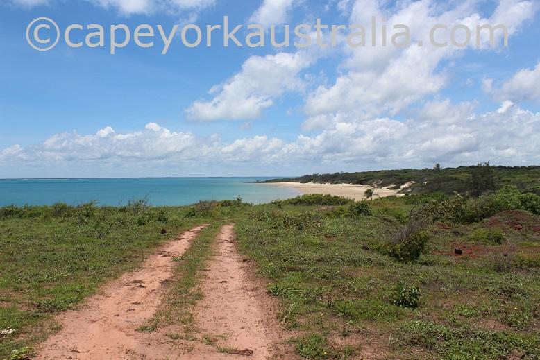 five beaches first beach track