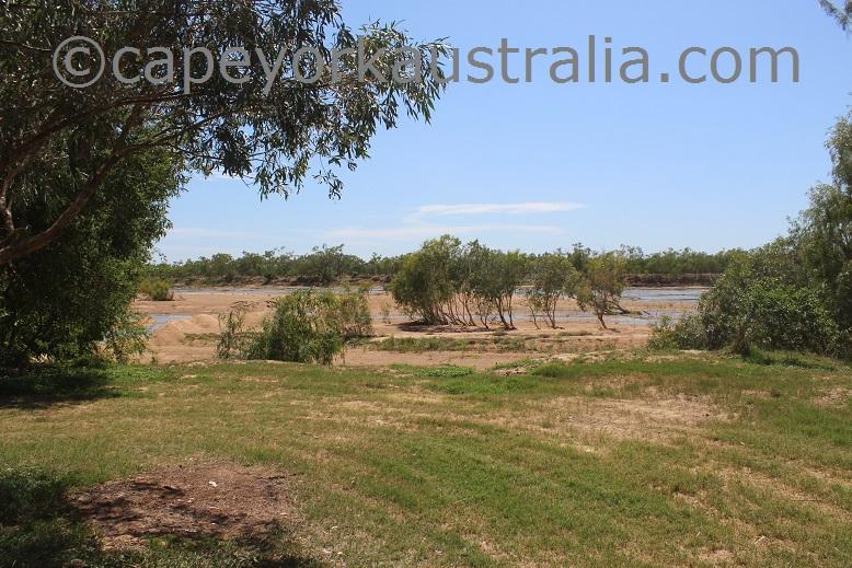 pormpuraaw to kowanyama mitchell river views