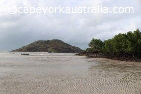 tip of australia bottom walk beach