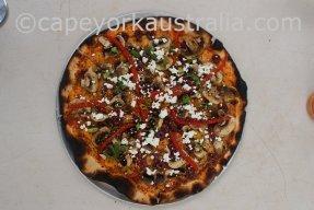 punsand bay pizzas larry