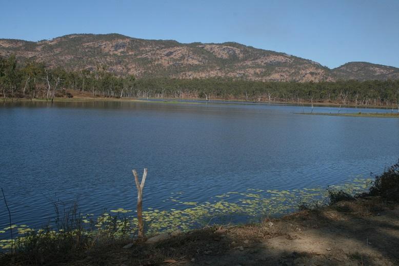 whites creek road lake