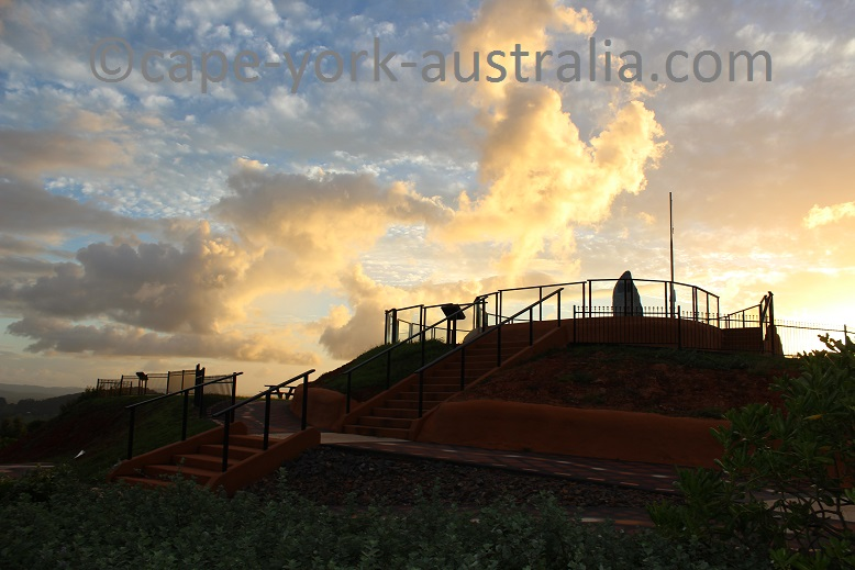 grassy hill walk top lookout