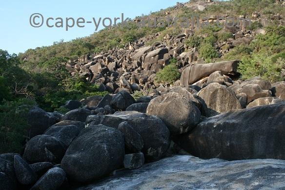 cape melville granite boulders