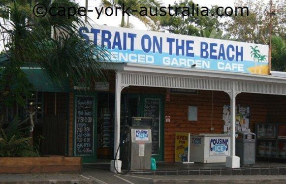 holloways beach cafe