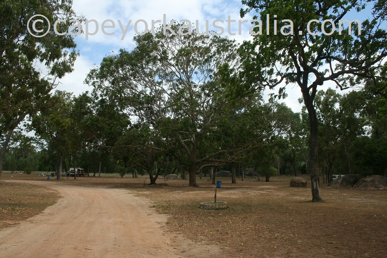 archer river roadhouse camping