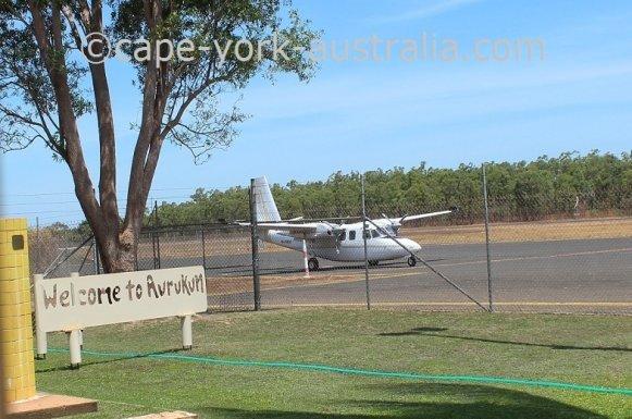 flights to aurukun