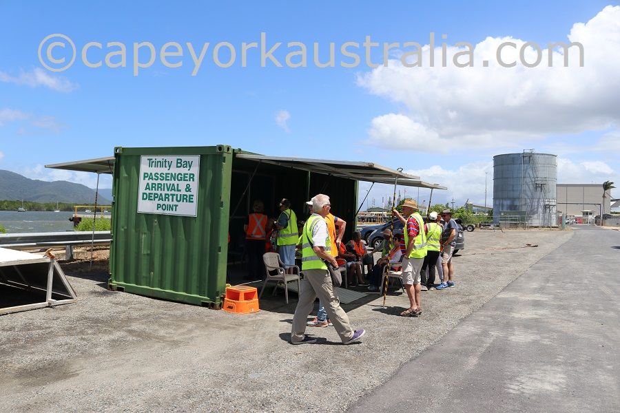 seaswift green container