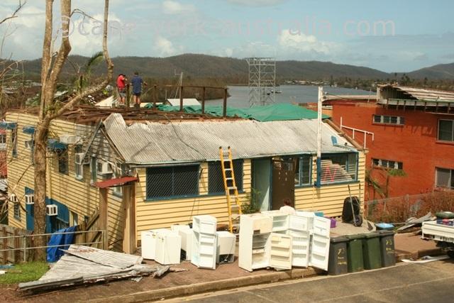 cyclone larry home innisfail