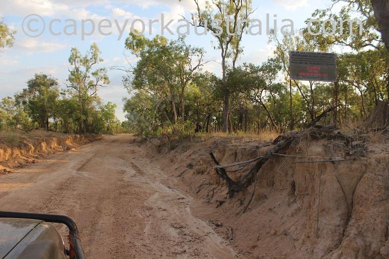 pormpuraaw kowanyama border