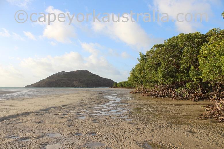 tip of australia walk low tide