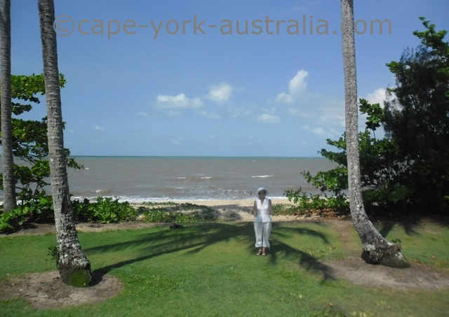holloways beach australia