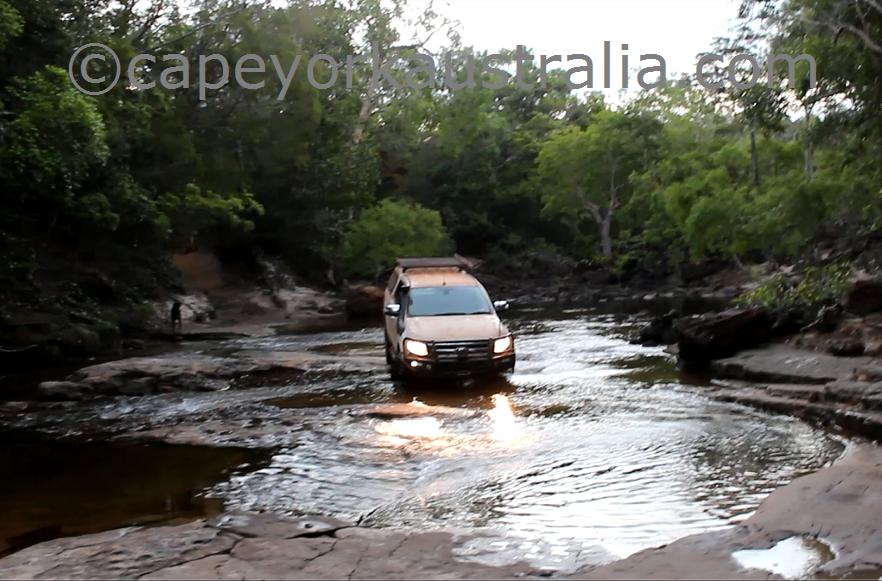 cockatoo creek crossing