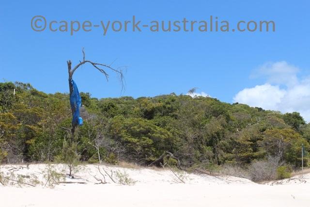 albany island walk beach marker