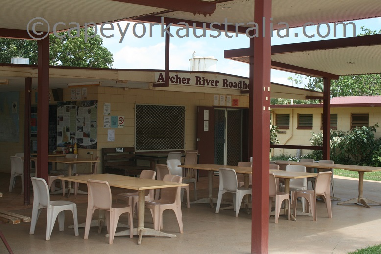 archer river roadhouse restaurant