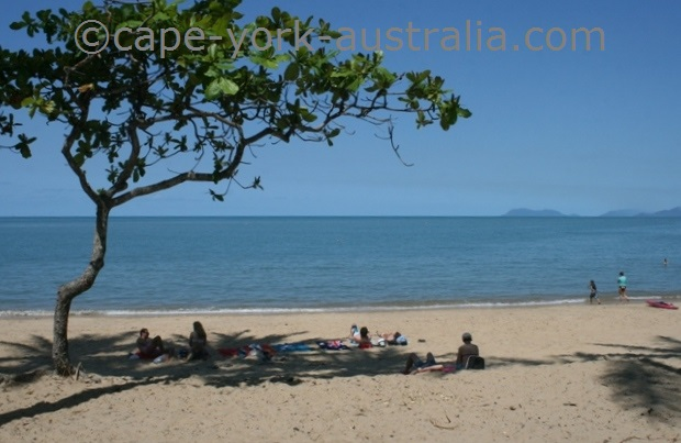 australian beaches people in shade