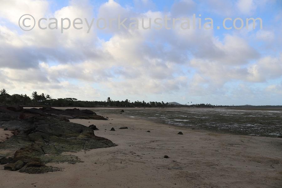 badu community beach walk low tide