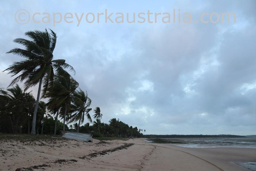 badu community beach walk northern end