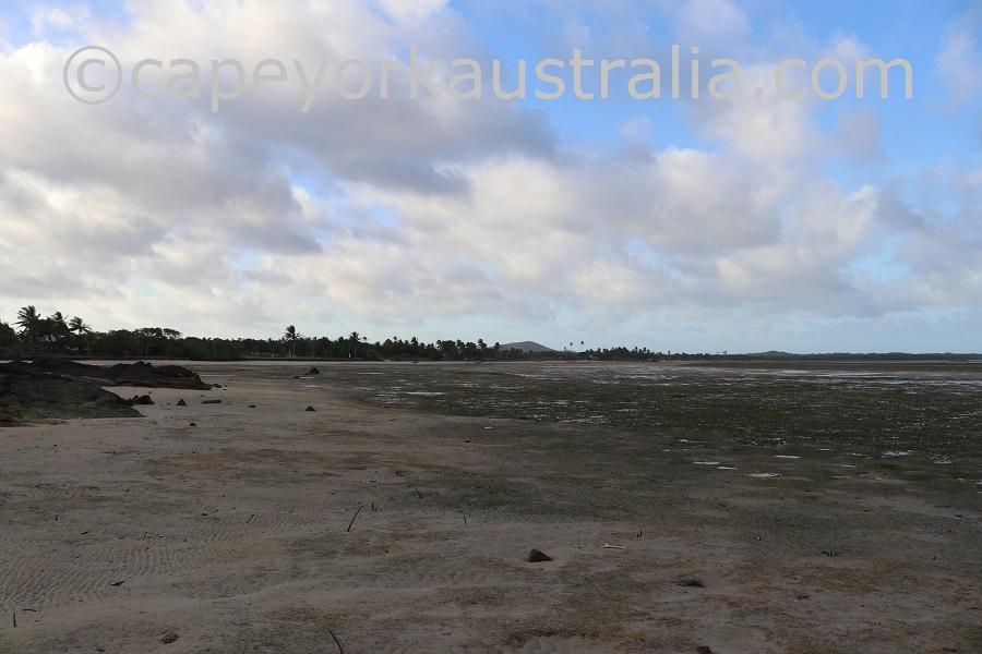 badu community beach walk southern end