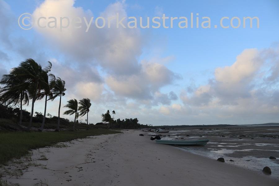 badu community beach walk