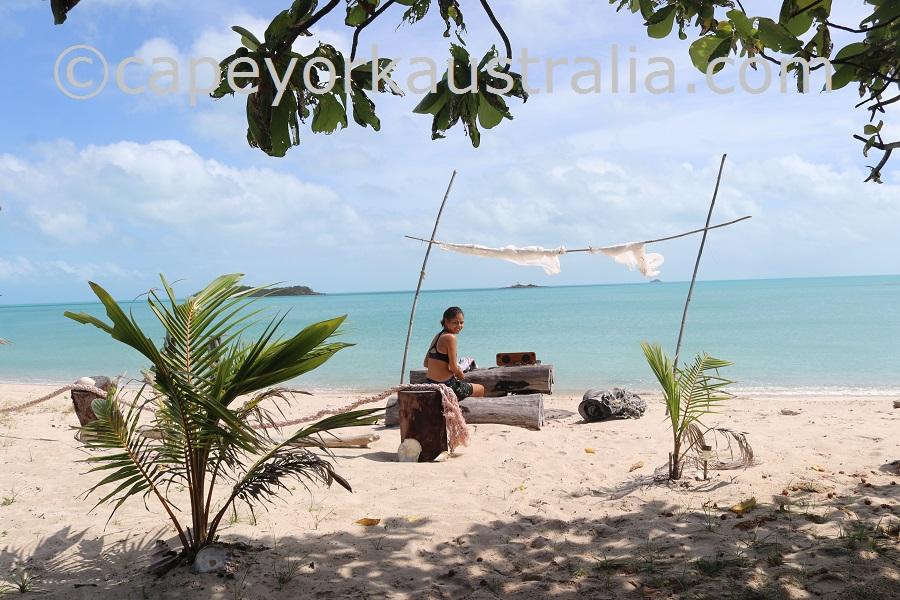 badu island argun beach