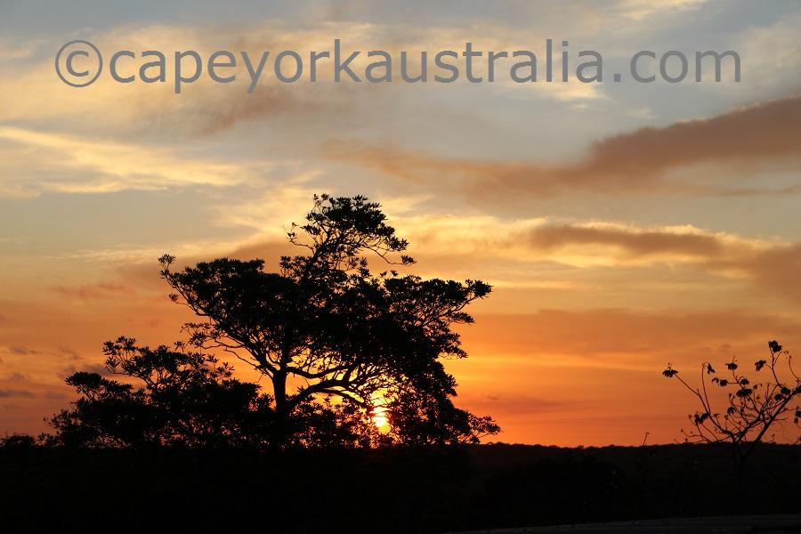 badu island sunset