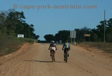 cairns bicycle tours