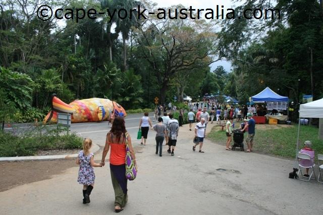 cairns festival food stalls