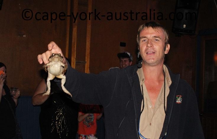 cane toad races hartley crocodile adventure
