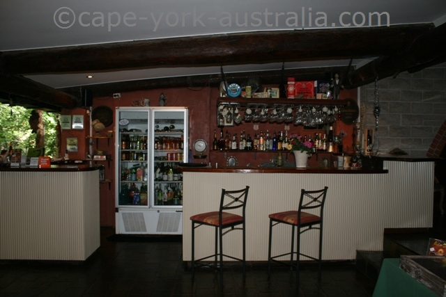 cedar park rainforest resort bar