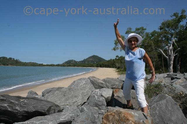 clifton beach australia