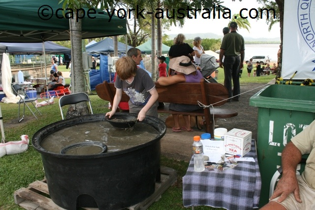 cooktown festival gold panning