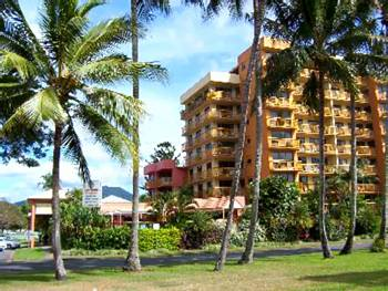 coral towers cairns