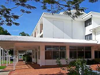 country comfort hotel cairns
