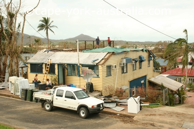 cyclone larry innisfail home