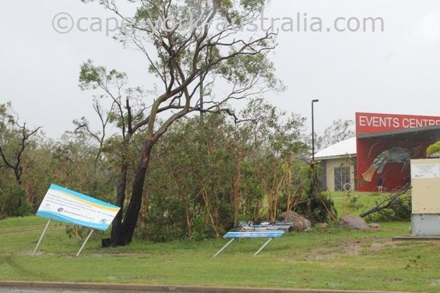 cyclone winds