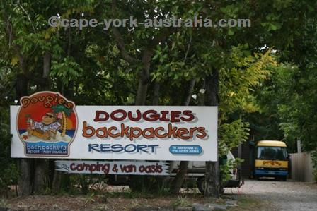 dougies backpackers port douglas