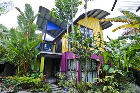 dreamcatcher apartments port douglas