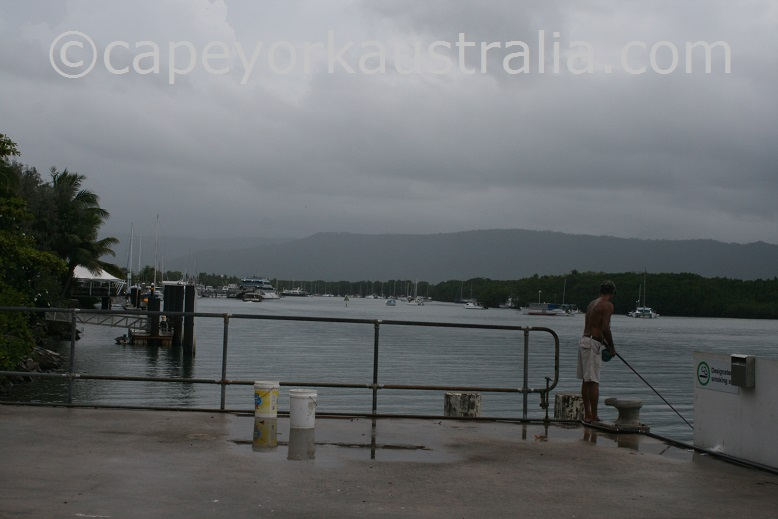 fishing port douglas pier
