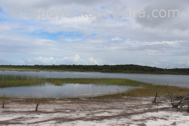 five beaches the lakes