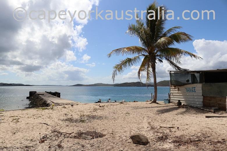 goods island hut