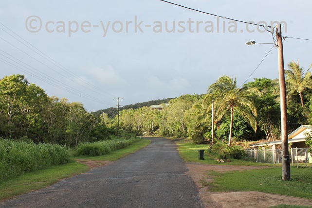 grassy hill walk cooktown