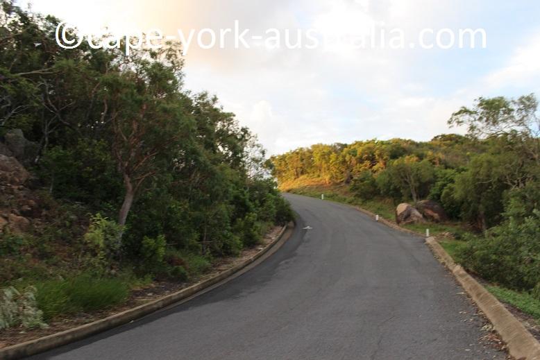grassy hill walk second highest lookout