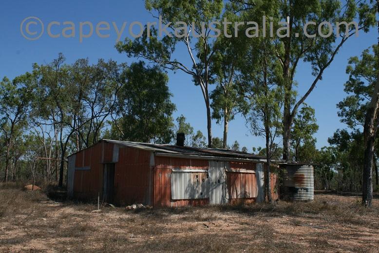 hamilton goldfield hoeys hut