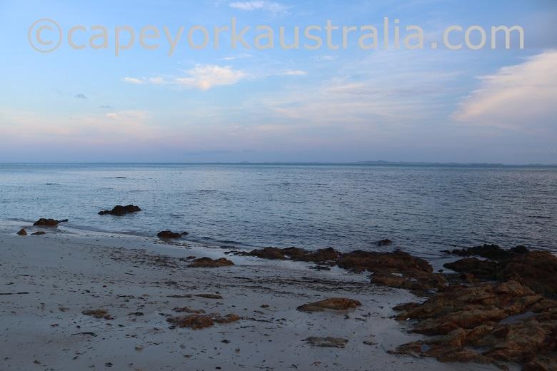horn island cable beach