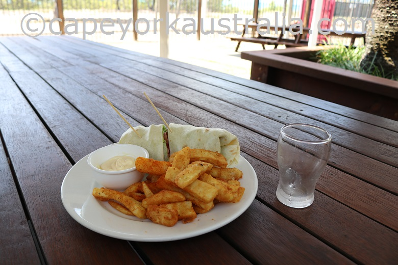 horn island pub lunch