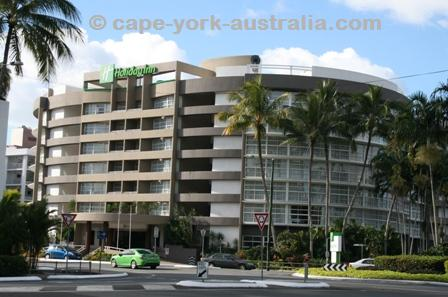 hotels in cairns