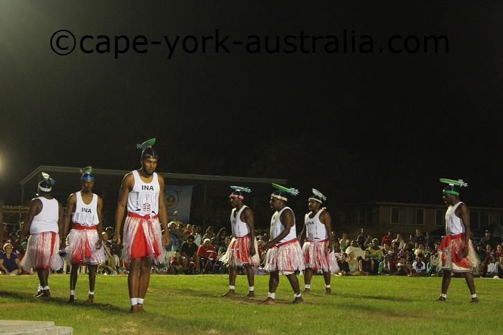 iama island dancers